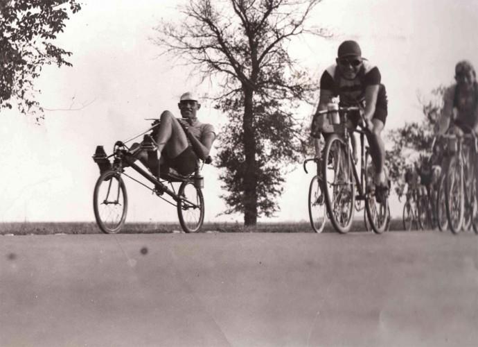 Le vélocar de Paul Morand, un vélo couché de compétition en 1933